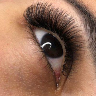 Die besten Make up Produkte mit Wimpernverlängerungen