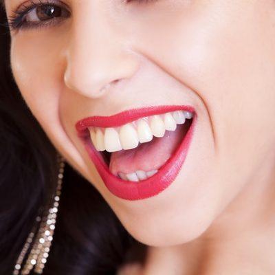Nach Wimpernverlängerung schminken – so wird's gemacht