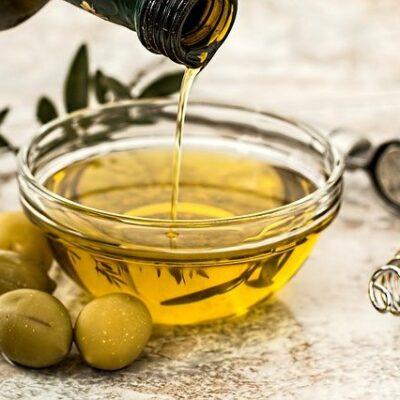 Olivenöl Wimpern Augenbrauen